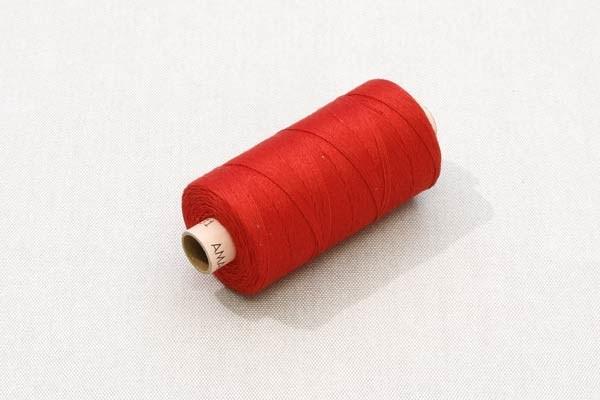 Kapelltråd röd
