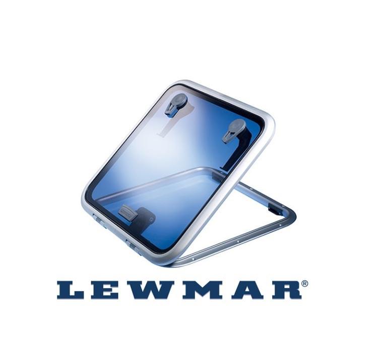 Däckslucka Lewmar låg sz 40.